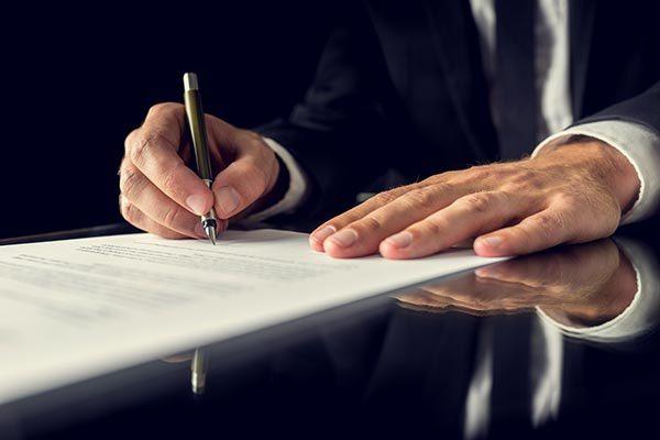 Documento redacción de contrato