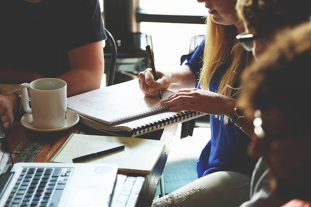 ¿Qué es y cómo funciona el período de prueba de los contratos?